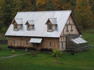 Atap Berbahan Seng, Solusi Murah Untuk Bangun Rumah