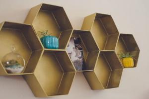 4 Ide DIY Mempercantik Interior Menggunakan Carton